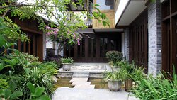 Hotel Indigo Presidential Suite-Patio
