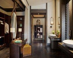 Hotel Indigo Presidential Suite-Bathroom