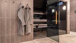 Sun & pool area, Black sauna