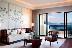 Club Two-Bedroom Ocean View Suite.