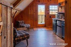 West Cottage Unit Photo credit: @epicweekendadventures