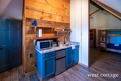 West Cottage Unit Kitchenette     Photo credit: @epicweekendadventures