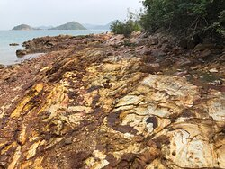 Lai Chi Wo Nature Trail - lovely sedimentary rock shoreline (stop 1)