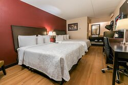 Deluxe 2 Full Beds