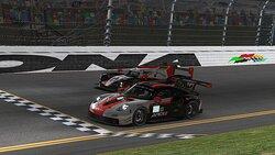 Apex V2R crossing the line at Daytona.