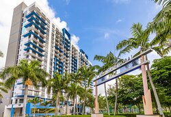 Provident Grand Downtown Doral in the heart of Miami within walking distance to 50+ restaurants, shopping, and bars.