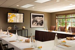 Four Pines Meeting Room