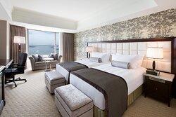 Club Floor Bayview Twin Room