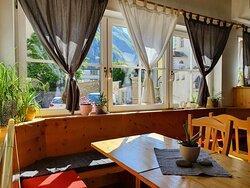 Albergo Salorno Gasthof Salurn Alto Adige Südtirol - bar - gelateria - interno