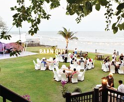 Baan Dum Oceanfront Seafood Restaurant is the perfect Private Events Venue in Hua Hin.