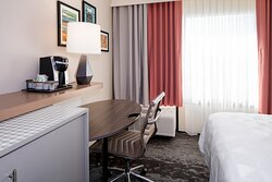 Coffee, large desk & free WiFi space Holiday Inn College Park