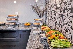 Breakfast Bar Holiday Inn Charlotte Center City