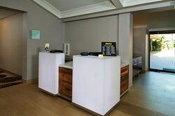 Hertz Car Rental located in our hotel lobby