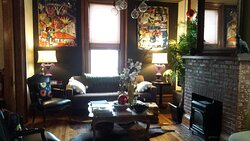 Best Place to stay in Burlington with Children- Made INN Vermont, an Urban-Chic Burlington Boutique City-Retreat in Downtown Burlington…historic, close to Church Street, Champlain College, and UVM….easy walking, great neighborhood, fun, relaxed stays!   The BEST!