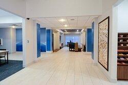 Newly renovated hotel lobby - Free Internet at Holiday Inn Express