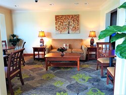 You'll find plenty of space to work or play in the lobby