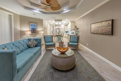 Room for the whole family in this Signature Collection living room