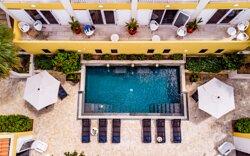 Terrace & Swimmingpool Bayside Boutique Hotel