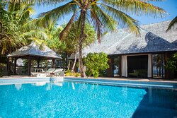 Royal Beach Villa Pool