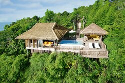 A spacious villa a private pool and terrace for lounging
