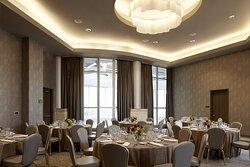 Archer Hotel Austin Atrium Suite - Social Setup