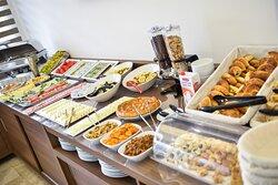 Eşsiz sabah kahvaltımızda siz değerli misafirlerimizi ağırlamaktan memnuniyet duyacağız.