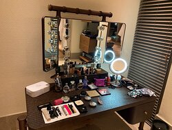 Biggest walk in closet I've seen in Maldives with make up station in love 😻