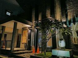 Chorus family Homestay seturan tempat nyaman dan strategis dekat kampus UPN dan STIE YKPN. Very recommended...