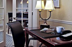 Presidential Suite Desk: Crowne Plaza Portland
