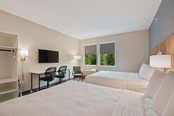 Studio Suite - 2 Queen Beds