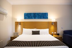 HOT TIP: why not book a King Room, enjoy the bigger bed, larger TV and coffee pod machine!!!