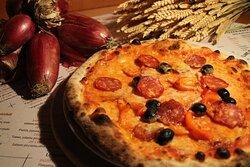 Zip Line: peperoni, salamino, cipolla!
