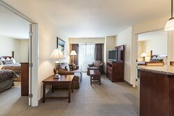 Not traveling alone? Take advantage of our two bedroom suites