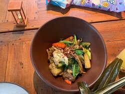 quick friend veggies in oyster sauce from Takieng restaurant, Just amazing,