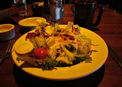 The Fish House: Tossed Green Salad. Peoria IL, March 2021