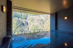 展望風呂「雲遊天空の湯 ―そらのゆ― SORA NO YU」からの眺め