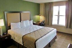 1 Bedroom Suite - 1 King Bed