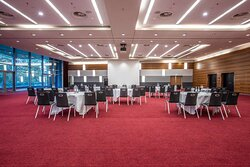 Dow Jones meeting room with cabaret setup