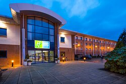 Welcome to Holiday Inn Express Newport