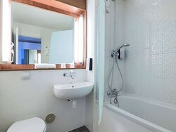 Campanile Gennevilliers Barbanniers -  Standard Bath