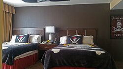 Two Queen Beds in Pirates 1-Bedroom Suite