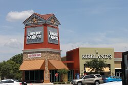 Tanger Outlet Mall in San Marcos