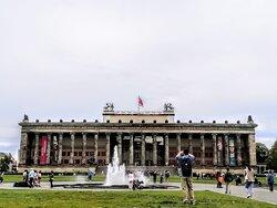 Veduta con l'Altes Museum