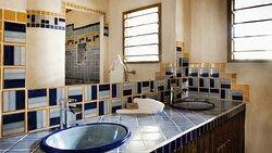 Gaïa Bathroom