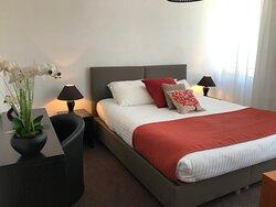 Chambre triple confort - lit en 180