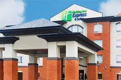 Welcome to the Holiday Inn Express & Suites Slave Lake