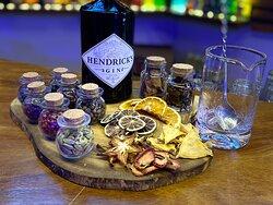 Gin tónica con botánicos y deshidratados