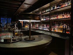 Too High - the right luxury bar experience