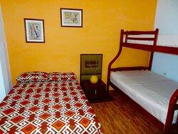 Alquiler de habitaciones (Micro Estadía )totalmente equipadas  0992001612 www.villa97.com.ec