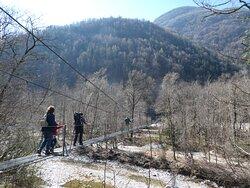 the suspension bridge over the Maggia towards Giumaglio
